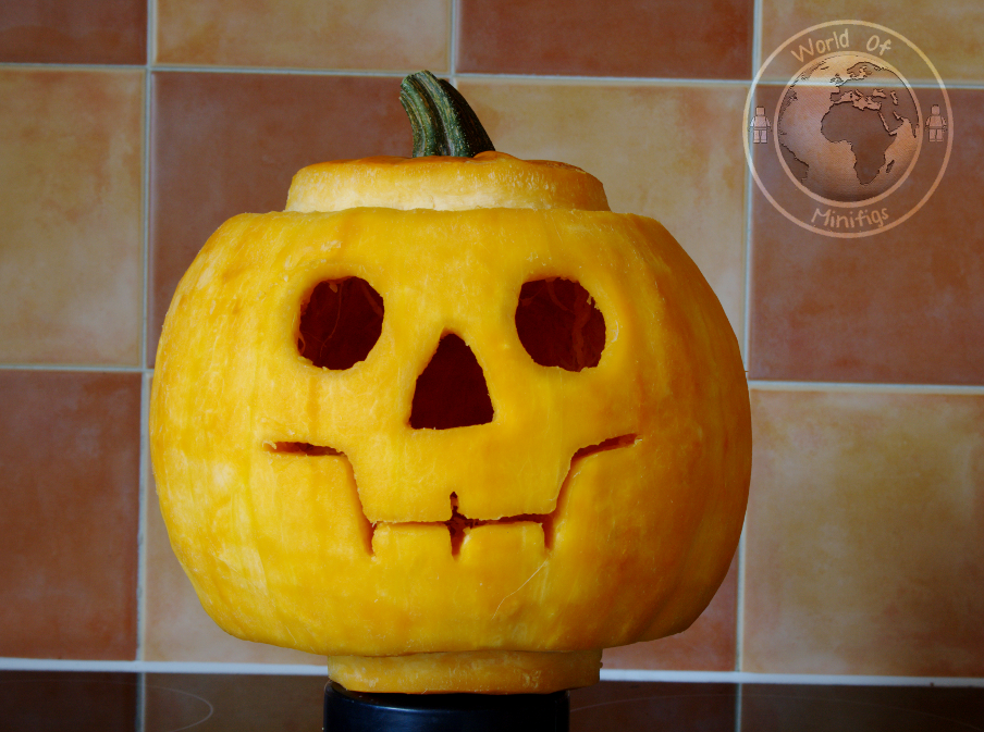 Lego Minifigure Pumpkin « world of minifigs